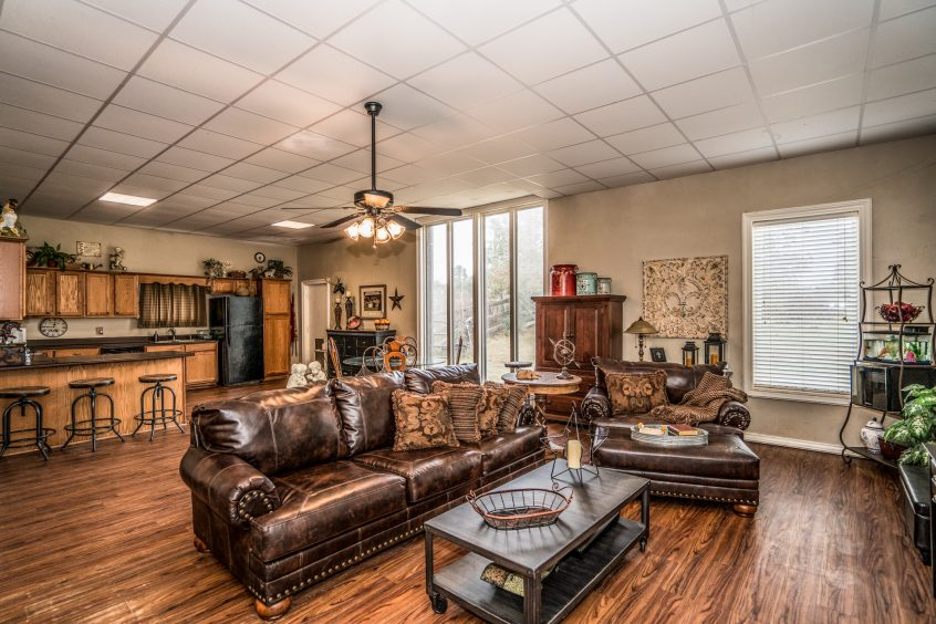 1215 Cain - Yumba Real Estate Photography in Longview, TX